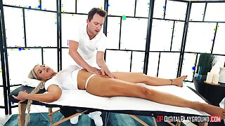 Massage leads married cougar to insane desires to fuck