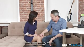 Horny old photographer takes advantage of a cute model and that gal loves sex