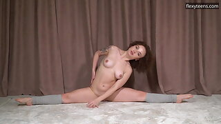 Sofa Nagy makes your dick hard with her sexy moves