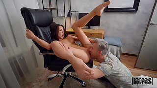 Flaming bedroom cam action with a premium woman