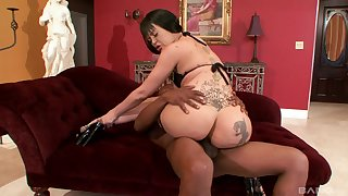 Curvy inked whore Armani Staxxx missionary pounded by a black guy